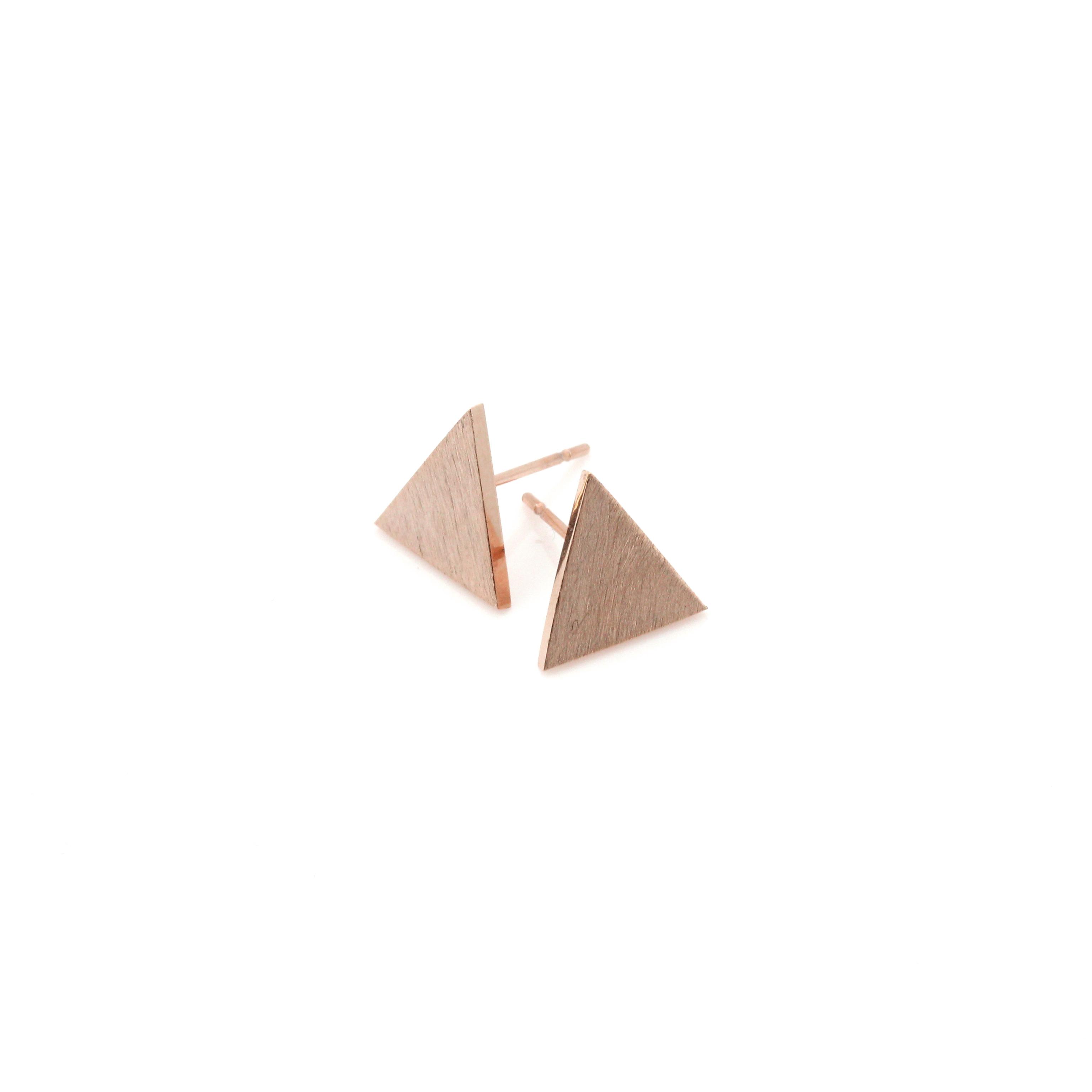 rosegold ohrstecker triangle no 2 madeleine issing. Black Bedroom Furniture Sets. Home Design Ideas