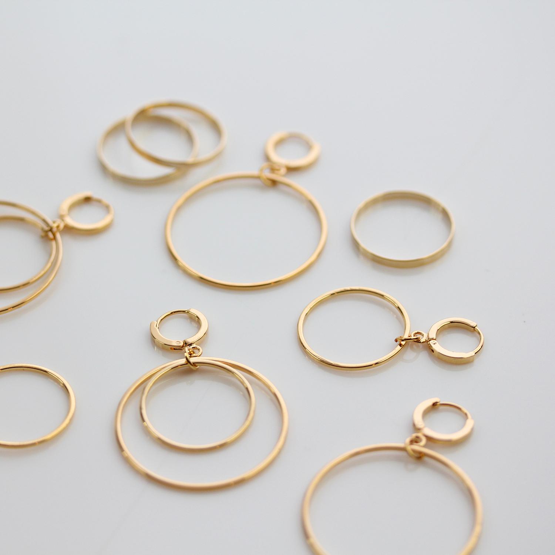Runde ohrringe aus gold