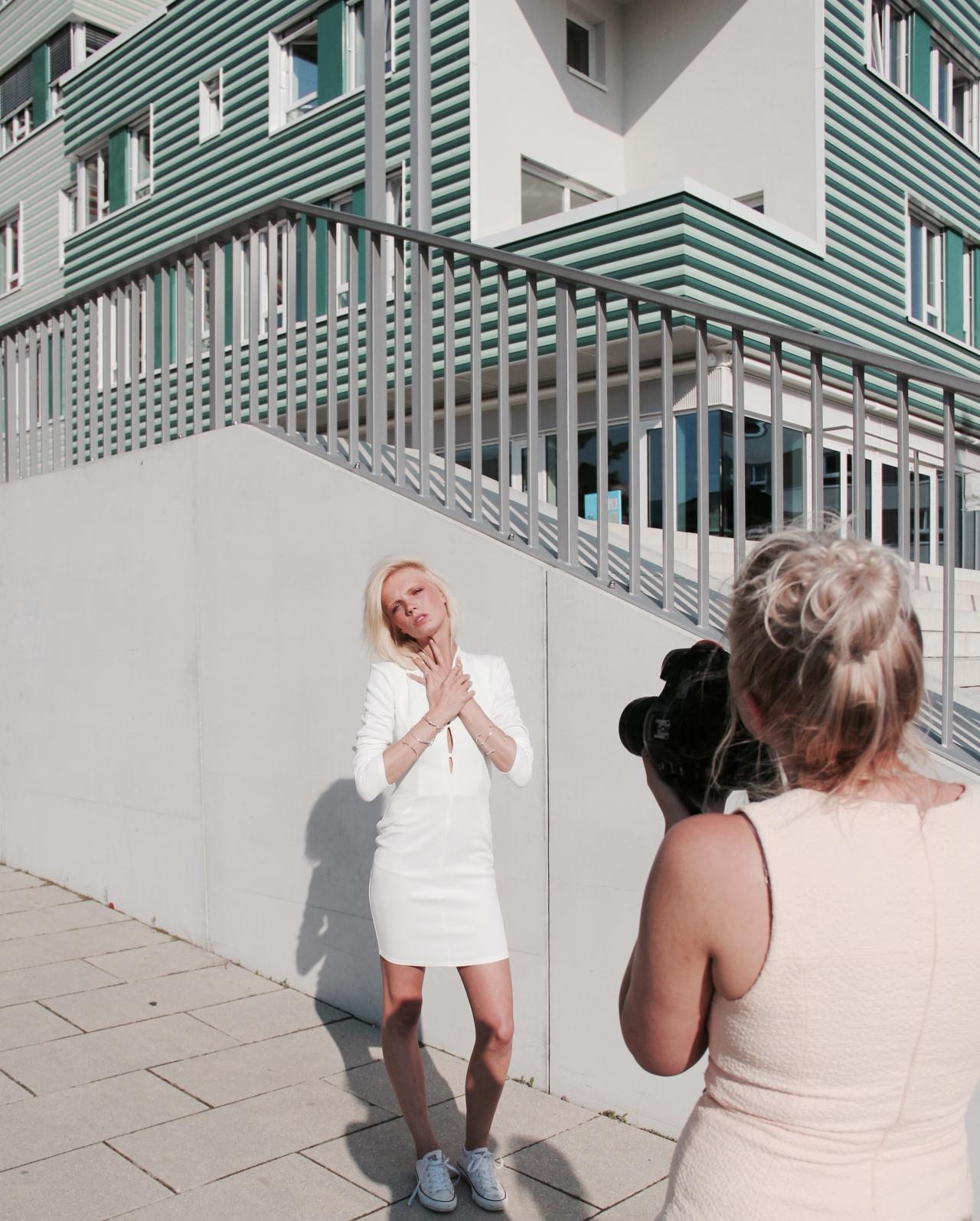 behind-the-scenes-lookbook-shooting-hamburg-wilhelmsburg-madeleine-issing-3