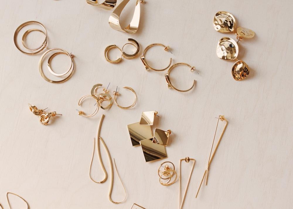 filigrane goldene Ohrringe Madeleine Issing