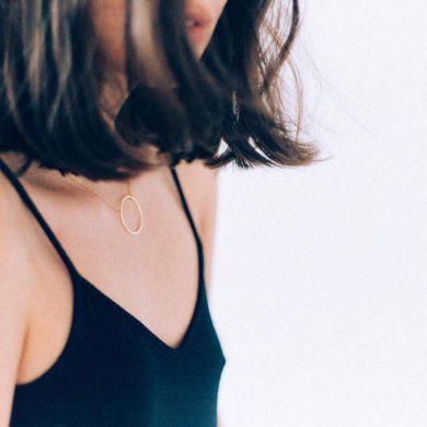 Moderne Halsketten handgeferitgt Madeleine Issing