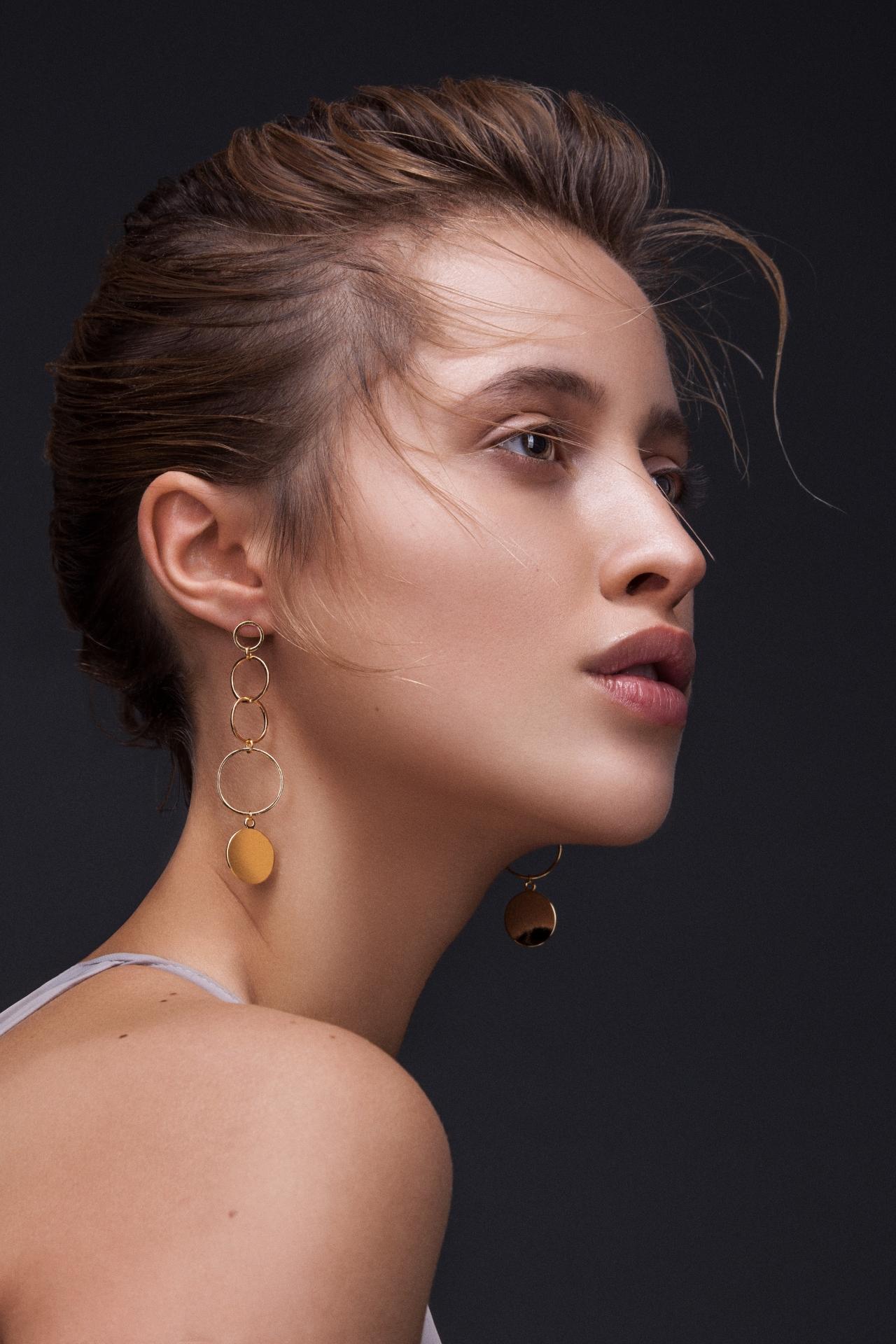 Große Ohrringe Gold Madeleine Issing