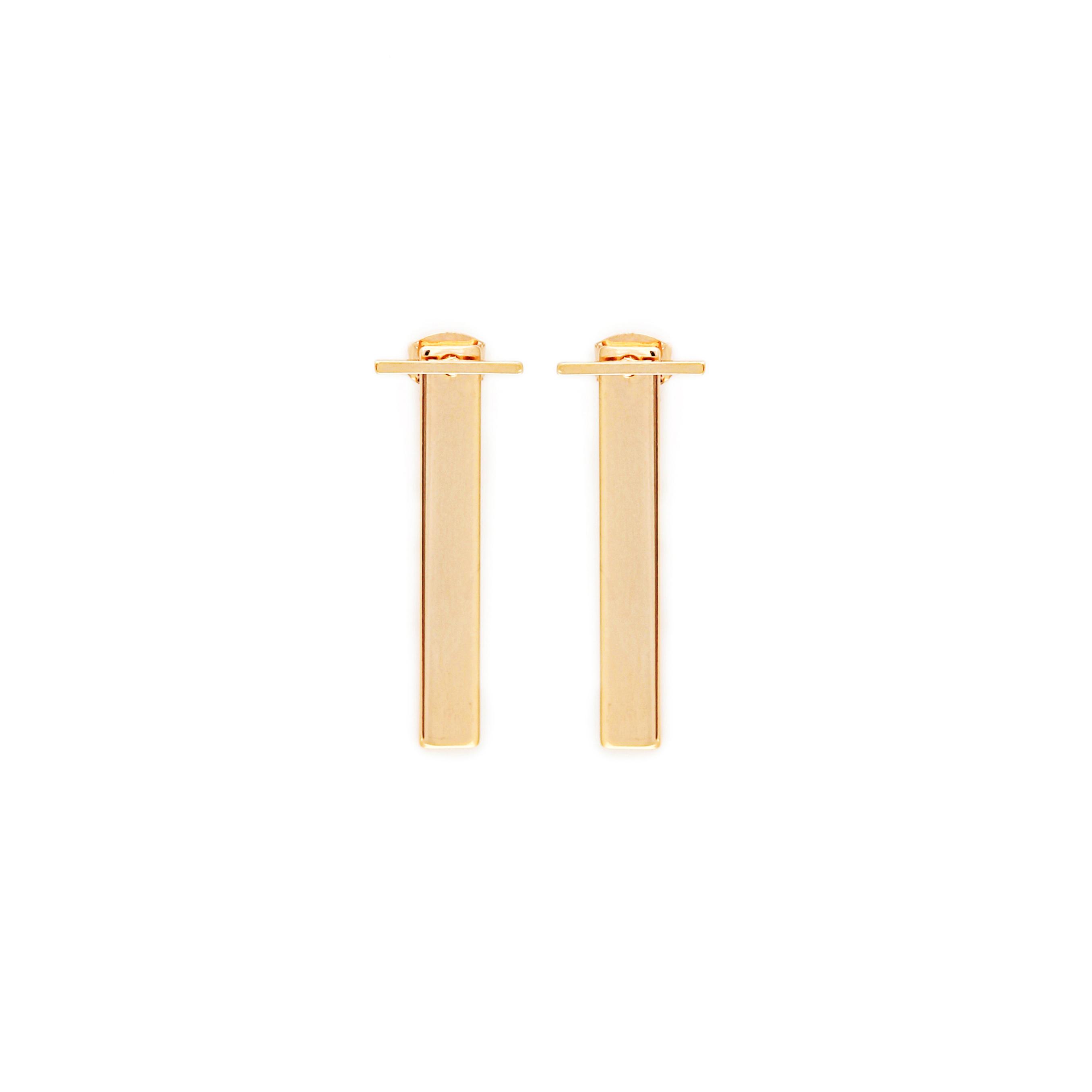 minimalistische stab ohrringe gold madeleine issing. Black Bedroom Furniture Sets. Home Design Ideas