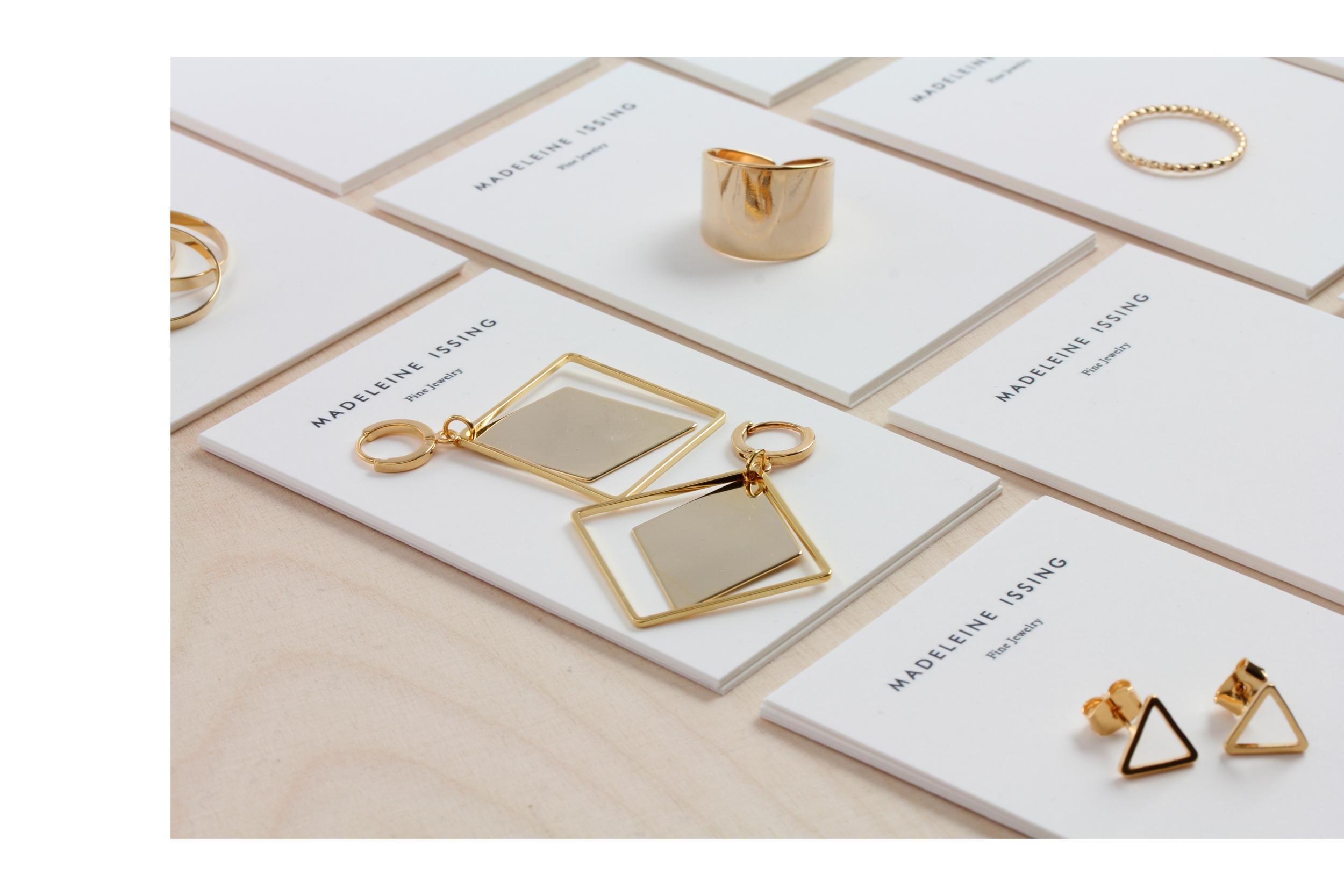 Moderne Ohrringe in Gold Madeleine Issing