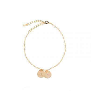 goldenes Armband mit Gravur Madeleine Issing 2