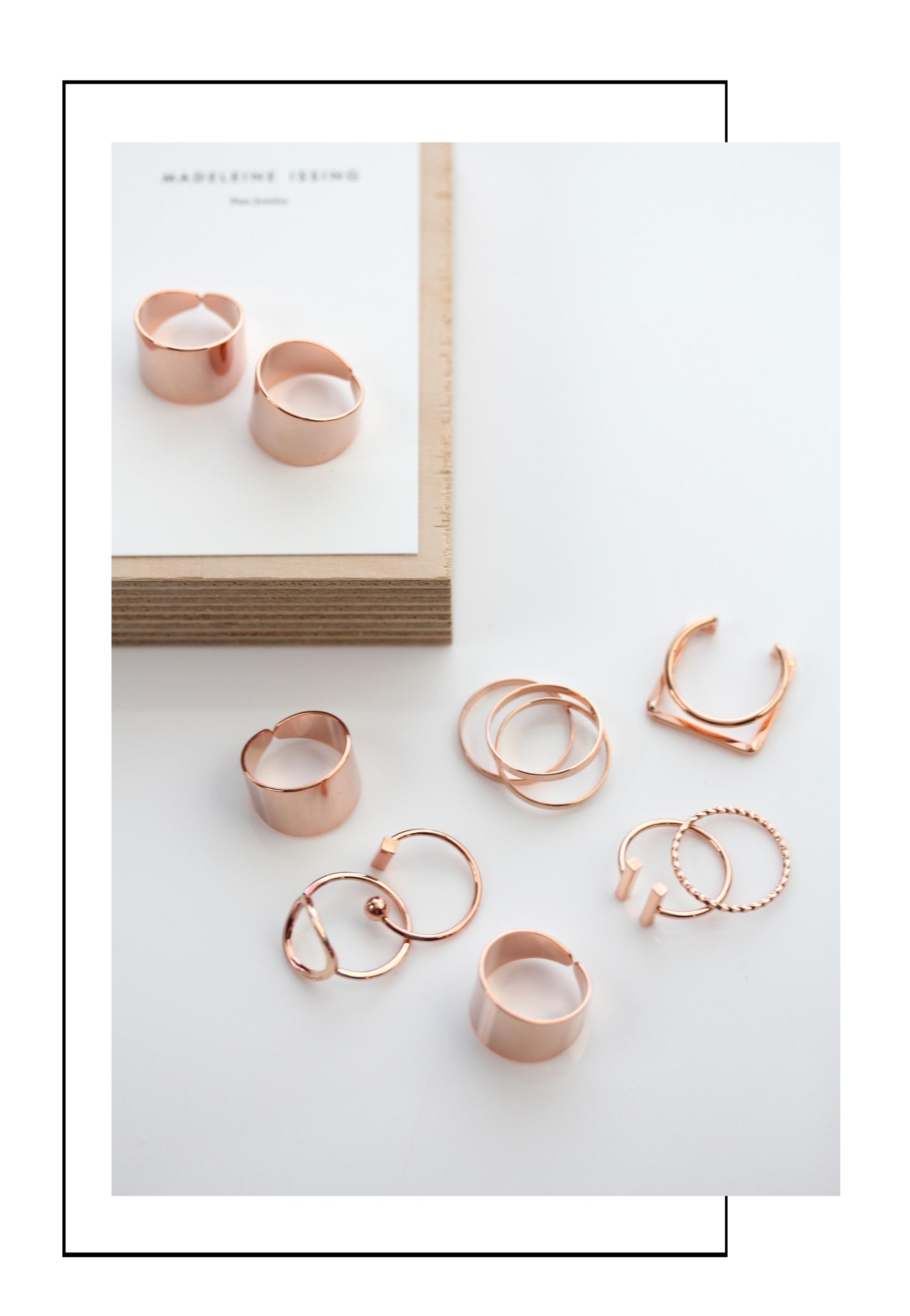 schlichte Rotgold Ringe für Damen Madeleine Issing
