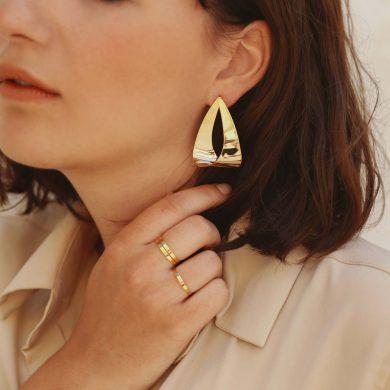hängende Ohrringe Gold vergoldet Madeleine Issing