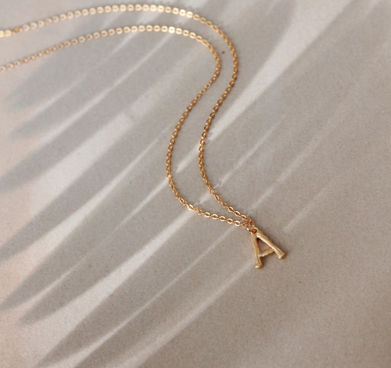 personalisierte Namenskette in Gold und Silber Madeleine Issing